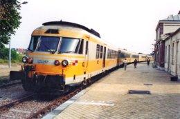 Dives- Cabourg (14) 08/1994 - Rame RTG - Gares - Avec Trains