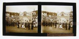 Madagascar Fianarantsoa Place La Fête Des Enfants Malgaches Mai 1932 PLAQUE DE VERRE Stéréo Cliché Amateur - Luoghi