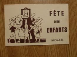 BUVARD FETE DES ENFANTS - Enfants