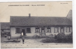 Saône-et-Loire - Labergement-Ste-Colombe - Maison Bouveret - France