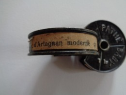 """FILM PATHE BABY 9,5mm  """"CHARLOT D'ARTAGNAN MODERNE"""" 1923 - Other Collections"""