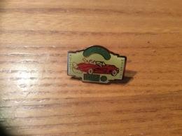 """Pin's * """"T'ES PAS CAP - ACTIVE - AUTHENTIC MATERIAL """" (automobile) - Badges"""