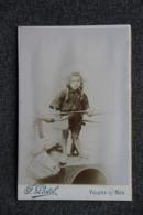 Photographie D'une Fillette Prise à VILLERS Sur MER - Ateliers F.POSTEL, Photographe. - Luoghi
