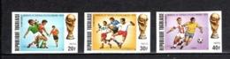TOGO N° 796 à 798  NON DENTELES  NEUFS SANS CHARNIERE COTE  ? €  FOOTBALL  VOIR DESCRIPTION - Togo (1960-...)