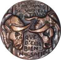 ESPAÑA. MEDALLA DE LA F.N.M.T. HOMENAJE A BERNARDO DEL CARPIO. 1.971. BRONCE. ESPAGNE. SPAIN MEDAL - Profesionales/De Sociedad