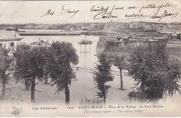SAINT-MALO - Place De La Bourse - Le Pont Roulant - Saint-Servan à Quelques Encablures... - Saint Malo
