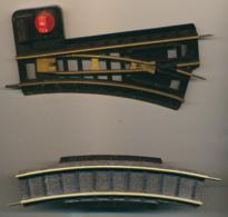 Trains JOUEF HO : 1 Corps D'aiguillage (droit), 1/2 Rail Courbe, Ref 441 (2 Scans) - Rails
