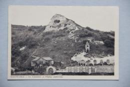 Haute-Isle (Val D'Oise), Le Colombier Et L'Eglise Souterraine - Autres Communes