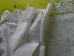 Dessus De Cheminee-ancien-belle Dentelle Pour Loisirs Creatifs - - Vintage Clothes & Linen