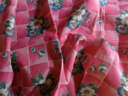 Rideau-ancien- Pour Loisirs Creatifs -ou Confectionner Robe De Poupee 61x 77cm - Drapery