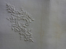 1 Mouchoir Monogramme P + Serviettes Pour The - Vintage Clothes & Linen