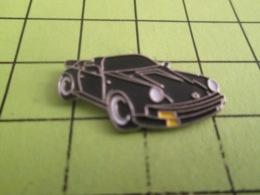 310a PIN's PINS / Rare Et De Belle Qualité / THEME AUTOMOBILES / PORSCHE CABRIOLET NOIRE - Porsche