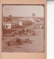 TOZEUR TUNISIE Ambiance De Rue 1923. Photo Amateur Format Environ 5,5 Cm X 5 Cm - Lugares