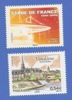 FRANCE 4142 + 4143 NEUFS ** STADE DE FRANCE - VENDOME - Frankreich