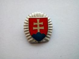 Slovak Slovakia Army Hat Cap Badge - NCO - Cascos