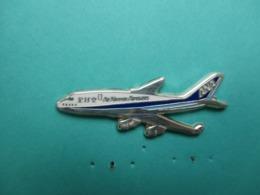Pins Arthus Bertrand , Cie Aérienne ANA , Air Nippon Aiways ( Recto-verso De Couleur Argentée ) - Arthus Bertrand
