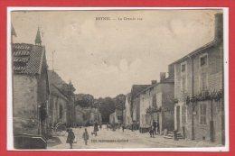 52 - REYNEL -- La Grande Rue - Autres Communes