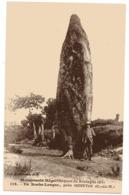 CPA     22         QUINTIN      LA ROCHE LONGUE            HOMME AVEC SON CHIEN - Dolmen & Menhirs