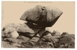 CPA SIMPLE    29      PLAGE DE BRIGNOGAN             LE ROCHER TREMBLANT - Dolmen & Menhirs