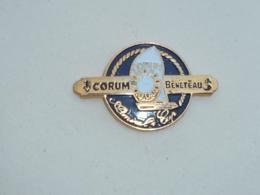 Pin's AMIRAL'S CUP, CORUM, BENETEAU - Bateaux