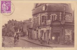 CPA 58 @ NEVERS - Avenue De La Gare Et Rue Du Midi En 1937 - Le Café De L'Editeur Dubois Bonnot - Nevers