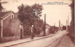 77. N° 104423 . Luzancy .pompe A Essence .le Pont Sur La Marne . - Autres Communes
