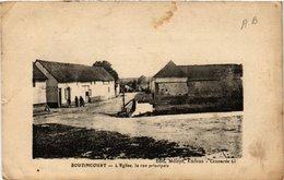 CPA Bouzincourt - L'Église La Rue Principale (515266) - Francia