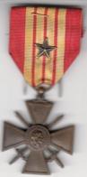 Thematiques Medailles Insigne Décoration République Française 1939 - Francia
