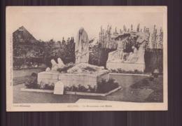 AUCHEL LE MONUMENT AUX MORTS 62 - France