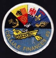 Obsolète. Gendarmerie. Cellule Finances 83. Titre D'épaule Tissu Brodé Velcro. - Police & Gendarmerie