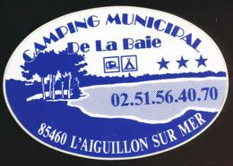 AUTOCOLLANT, STICKERS : L'AIGUILLON-SUR-MER (Vendée), Camping Municipal De La Baie - Pegatinas
