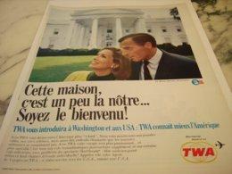ANCIENNE PUBLICITE MAISON BLANCHE ET TWA USA 1966 - Advertisements