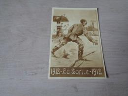 Guerre ( 562 )  Oorlog 1914 - 1918   Armée  Soldat  Soldaat  Soldaten Soldats  - La Sortie 1918 - Guerre 1914-18