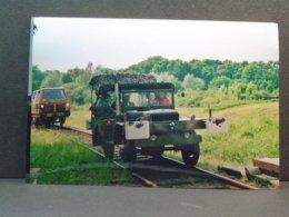 Versailles 5éme Régiment Du Génie Dodge Sur Rails Le 09 Juin 2001 - Trains