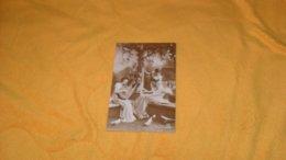 CARTE POSTALE ANCIENNE CIRCULEE DE 1920.../ SCENE 3 FEMMES DONT 1 MUSICIENNE ...DIX PARIS 1348.. - Femmes