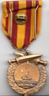 Thematiques Medailles Insigne Décoration République Française Dunkerque 1940 - France