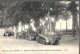 Tours  Section De Chars De Combat Attendant L' Embarquement  CPA 1935 - Tours