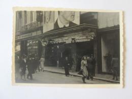 Real Photo 100 X 70 Mm German Cinema Around 1947/Echtes Foto 100 X 70 Mm Deutsches Kino Um 1947 - Lieux