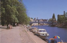 UK YORK 1985, Suberb Mint Postcard Lendal Bridge & Ouse Promenade (Chris Swanton) - York