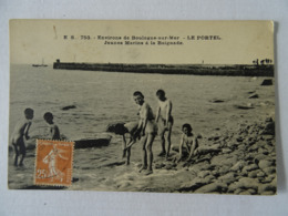 Environs De Boulogne-sur-mer- LE PORTEL-JEUNES MARINS A LA BAIGNADE. - Le Portel