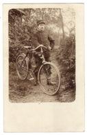 CRATE PHOTO - VÉLO - BICYCLE - HOMME ET SON VELO DANS LA FORET - Altri