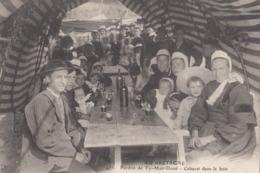 EN BRETAGNE: Pardon De Ty-Man-Doué - Cabaret Dans Le Bois - Saint-Pol-de-Léon