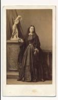 Photographie Ancienne XIXe CDV C. 1860 Portrait D'une Femme Photographe Disderi Paris - Photographs