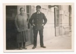 Photographie Ancienne Noir Et Blanc Circa 1930 Le Chef De Gare De Héry 89 Nièvre - Photos