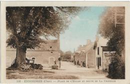 D18 - ENNORDRES - PLACE DE L'EGLISE ET ROUTE DE LA CHAPELLE - Plusieurs Personnes-Voitures Anciennes-Carte Colorisée - France