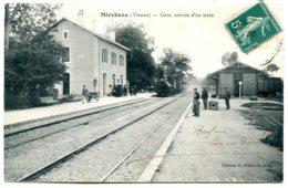86110 MIREBEAU-EN-POITOU - Lot De 2 CPA - Voir Détails Dans La Description - Mirebeau