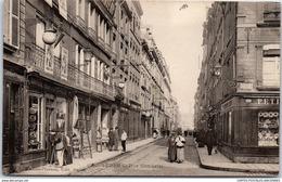 08 SEDAN - Vue De La Rue Gambetta - Sedan