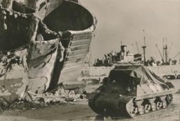 CPM De Tunis A Sienne Char Français Vient Débarquer à Naples Gagne Cantonnement - Guerre 1939-45