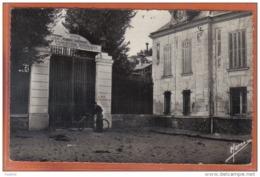 Carte Postale 92. Chatenay-Malabry Facteur Ecole Normale Supérieure D'Education Physique De Jeunes Filles  Beau Plan - Chatenay Malabry
