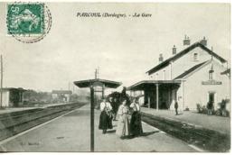 1579. CPA 24 PARCOUL. LA GARE - Frankreich